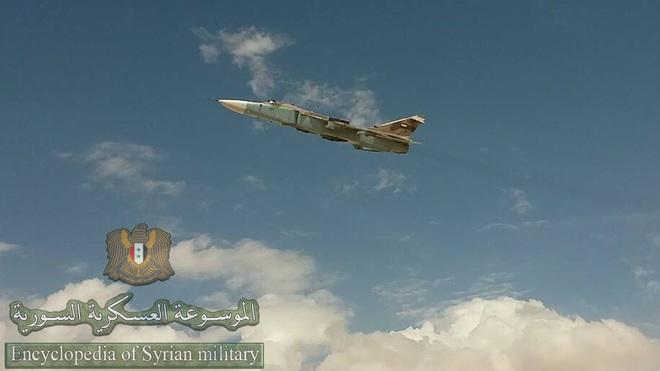 Hàng trăm xe tăng đối đầu ở tây bắc Syria: QĐ Thổ quyết được ăn cả, ngã về không? - Ảnh 5.