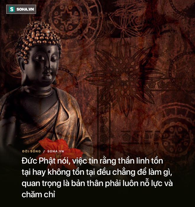 Chàng trai hỏi làm sao để làm hài lòng Trời Phật, vị sư bảo ra nghĩa địa làm 1 việc kỳ lạ - Ảnh 2.