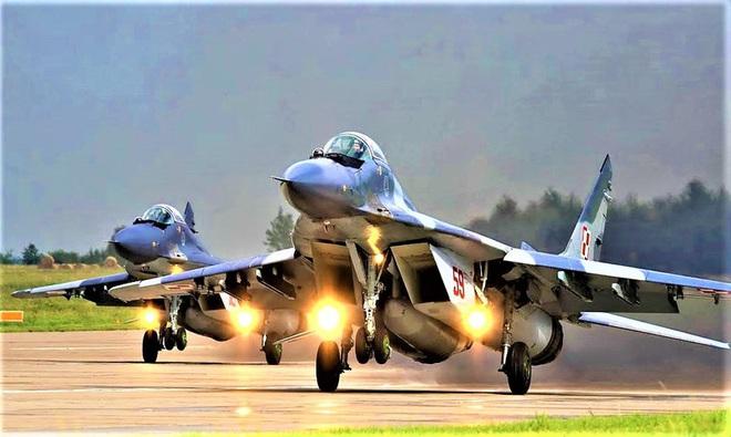 Lý do vì Covid-19 Ba Lan hủy thương vụ F-35A chỉ là phần nổi của tảng băng? - Ảnh 1.