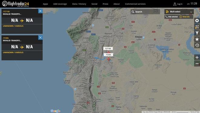 QĐ Syria bị đánh úp từ sa mạc, nguy ngập, nhiều thương vong, KQ Nga dồn dập ném bom giải cứu - Chiến trường mới bùng nổ - Ảnh 1.