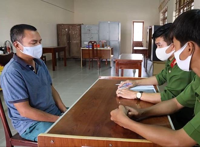 Vừa hết hạn cách ly, cựu cán bộ tòa án Hà Nội bị bắt vì trốn nã - Ảnh 1.