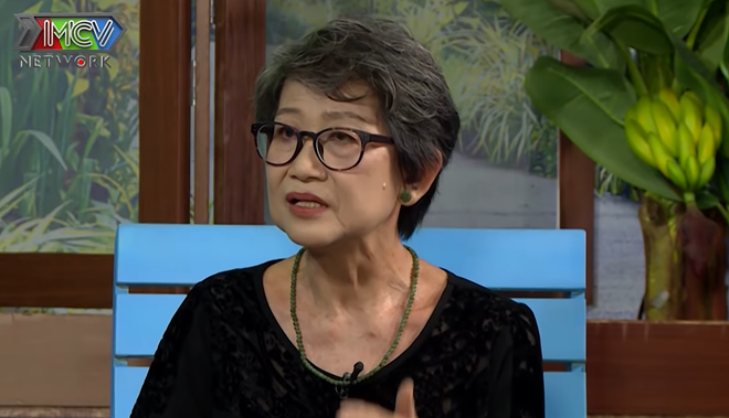Mẹ vũ công Quang Đăng, chủ nhân vũ điệu Ghen Cô Vy: Tôi tưởng lúc đó Đăng mất rồi - Ảnh 1.