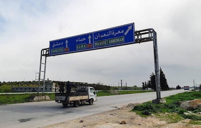 Nga lại cử tàu ngầm lớp Kilo tới Syria, bão lửa ở Idlib chực chờ nổ tung? - Ảnh 2.