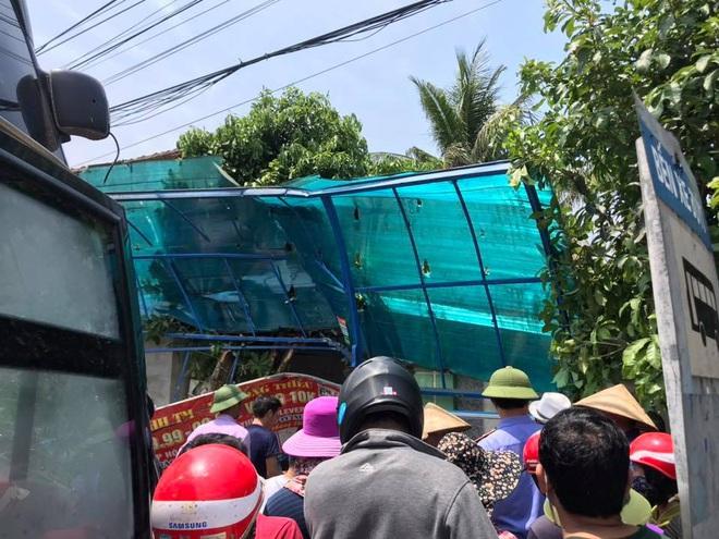 Xe khách và container đối đầu nhau kinh hoàng khiến cô giáo ngồi đón xe buýt bên đường tử vong - Ảnh 6.