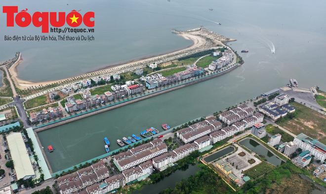 Biển Bãi Cháy đông trở lại, Quảng Ninh bắt đầu kích cầu đón khách du lịch sau Covid-19 - Ảnh 15.