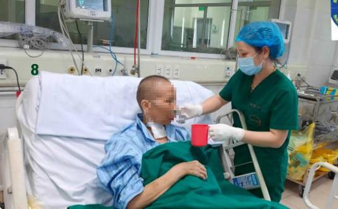 Việt Nam chỉ còn 39 người mắc Covid-19 đang điều trị; bác ruột BN17 tiến triển tốt, đã tự thở