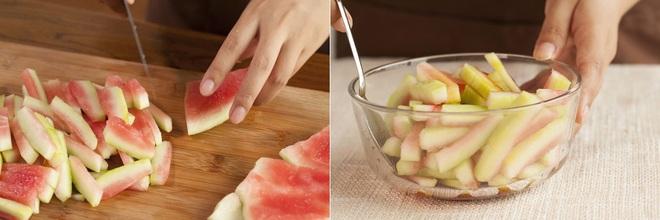 Hai món rau quả trộn chua ngọt làm nhanh cho bữa cơm ngày hè thêm ngon miệng - Ảnh 1.