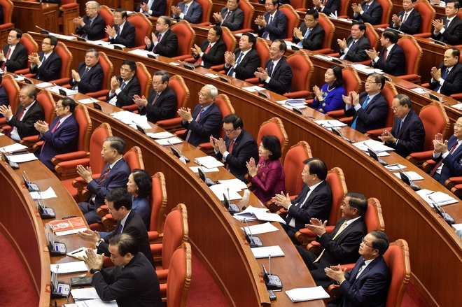 Tiêu chuẩn Uỷ viên Bộ Chính trị, Ban Bí thư: Không tham nhũng, cơ hội, tham vọng quyền lực - Ảnh 2.