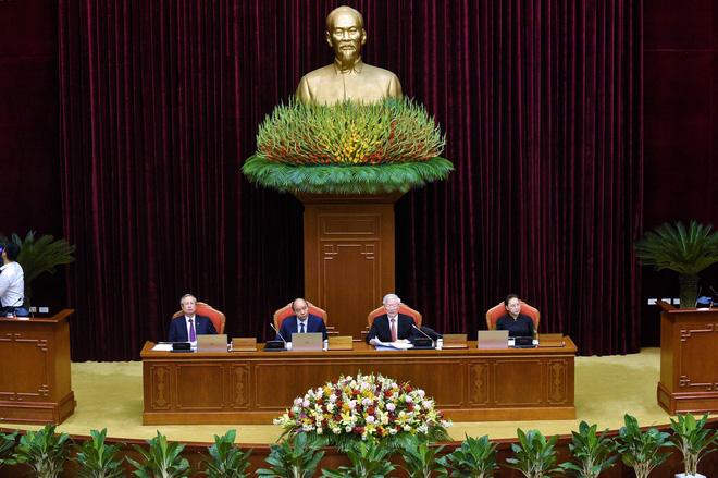 Tiêu chuẩn Uỷ viên Bộ Chính trị, Ban Bí thư: Không tham nhũng, cơ hội, tham vọng quyền lực - Ảnh 1.
