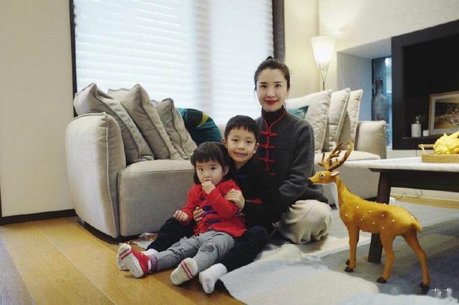Bước vào giới thượng lưu sau khi kết hôn, rốt cuộc phu nhân chủ tịch Taobao đã sống xa hoa đến thế nào trước khi phát hiện chồng ngoại tình? - Ảnh 13.