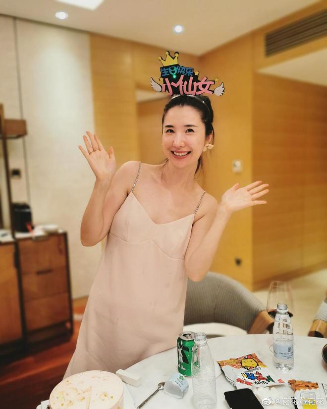Bước vào giới thượng lưu sau khi kết hôn, rốt cuộc phu nhân chủ tịch Taobao đã sống xa hoa đến thế nào trước khi phát hiện chồng ngoại tình? - Ảnh 30.