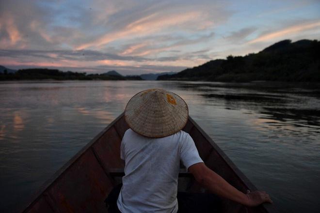 Sông Mê Kông hạn hán vì bị chặn hết nguồn nước, TQ nói không hẳn do các đập thủy điện gây ra - Ảnh 4.