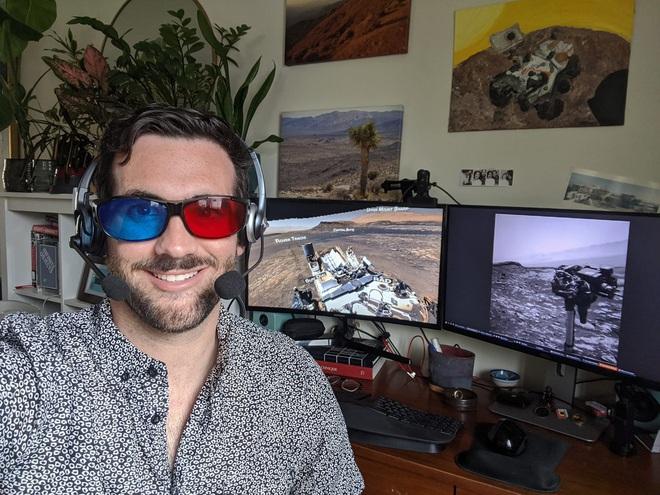 Kỹ sư NASA ngồi nhà điều khiển robot thăm dò trên Sao Hỏa như thế nào? - Ảnh 4.