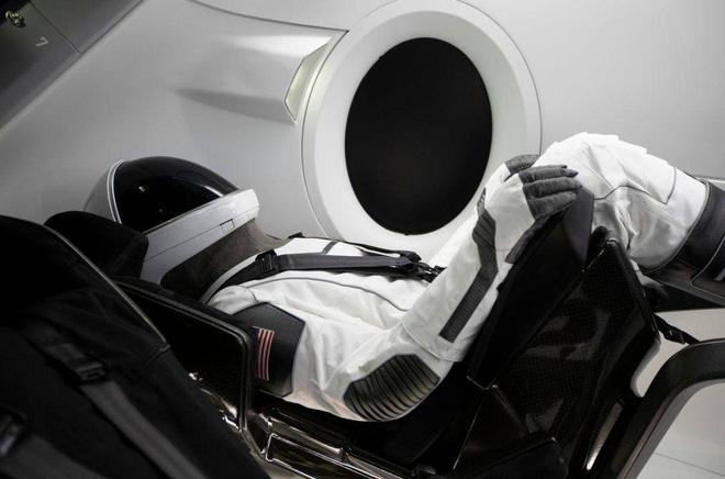 Không phải công nghệ hay kinh doanh, đây mới chính là vũ khí tối thượng của Elon Musk - Ảnh 2.