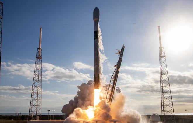 Không phải công nghệ hay kinh doanh, đây mới chính là vũ khí tối thượng của Elon Musk - Ảnh 3.