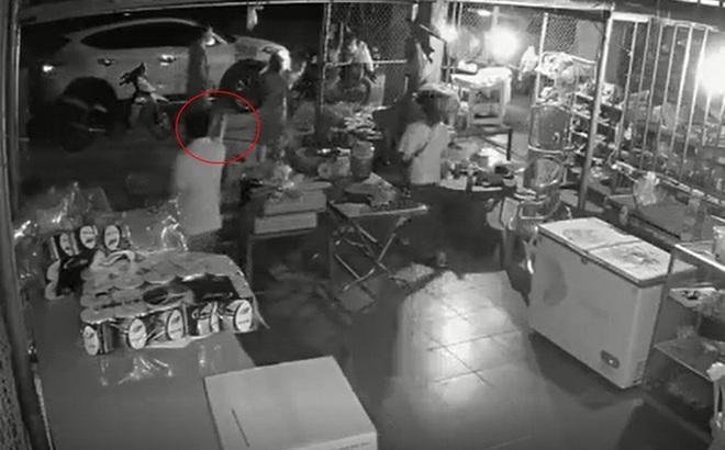 Công an Quảng Ninh: Không có chuyện công an huyện xé váy, tát vào mặt dân, vật hình khẩu súng chỉ là bật lửa