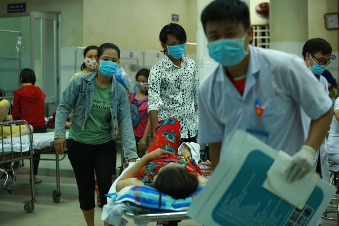 [ẢNH] Toàn cảnh vụ sập bức tường 100 m khiến 10 người tử vong tại Đồng Nai - Ảnh 11.