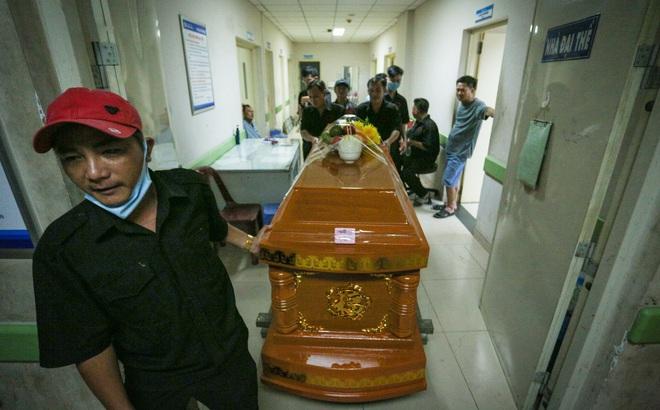 [ẢNH] Toàn cảnh vụ sập bức tường 100 m khiến 10 người tử vong tại Đồng Nai