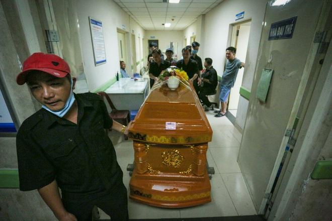 [ẢNH] Toàn cảnh vụ sập bức tường 100 m khiến 10 người tử vong tại Đồng Nai - Ảnh 14.