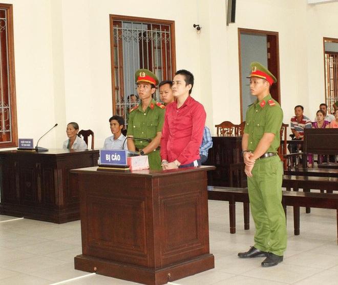 Nghịch tử sát hại mẹ già 72 chối tội nhận án tử - Ảnh 1.