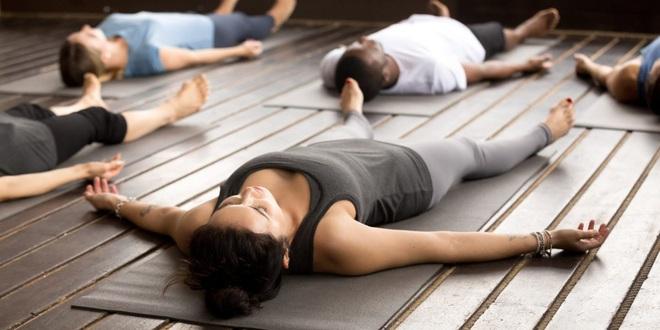 Thiền ngủ: Chiêu thức ngọt ngào dành cho người mất ngủ, giúp cơ thể thư giãn và phục hồi - Ảnh 2.