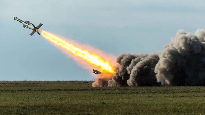 Máy bay Nga đối mặt với đe dọa chưa từng có, Thổ Nhĩ Kỳ bắt tay Ukraine tung cú đòn hiểm - Ảnh 1.
