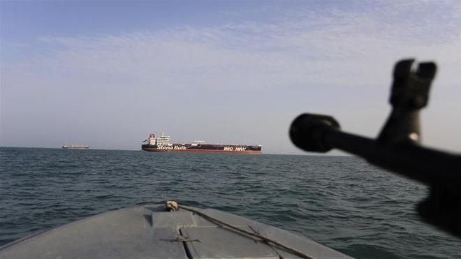 Iran dồn dập cảnh báo Mỹ: Đừng dọa nạt, muốn bắt tàu dầu, hãy nhớ bài học của nước Anh! - Ảnh 1.