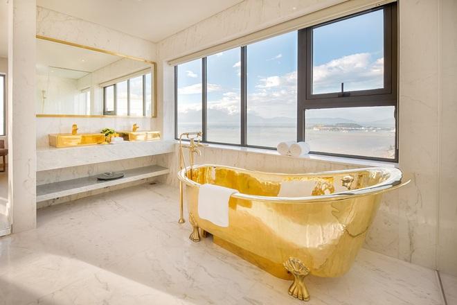 Bên trong khách sạn có bể bơi vô cực dát vàng đang giảm sốc, nghỉ 1 đêm miễn phí 1 đêm - Ảnh 11.