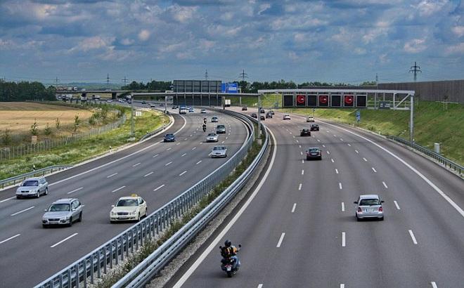 Chuyển cao tốc Bắc-Nam sang đầu tư công, tiến độ sẽ nhanh hơn?