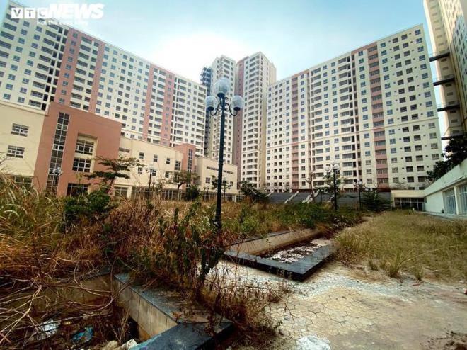 Cảnh u ám của 3.790 căn hộ tái định cư nằm chết giữa lòng TP.HCM - Ảnh 13.