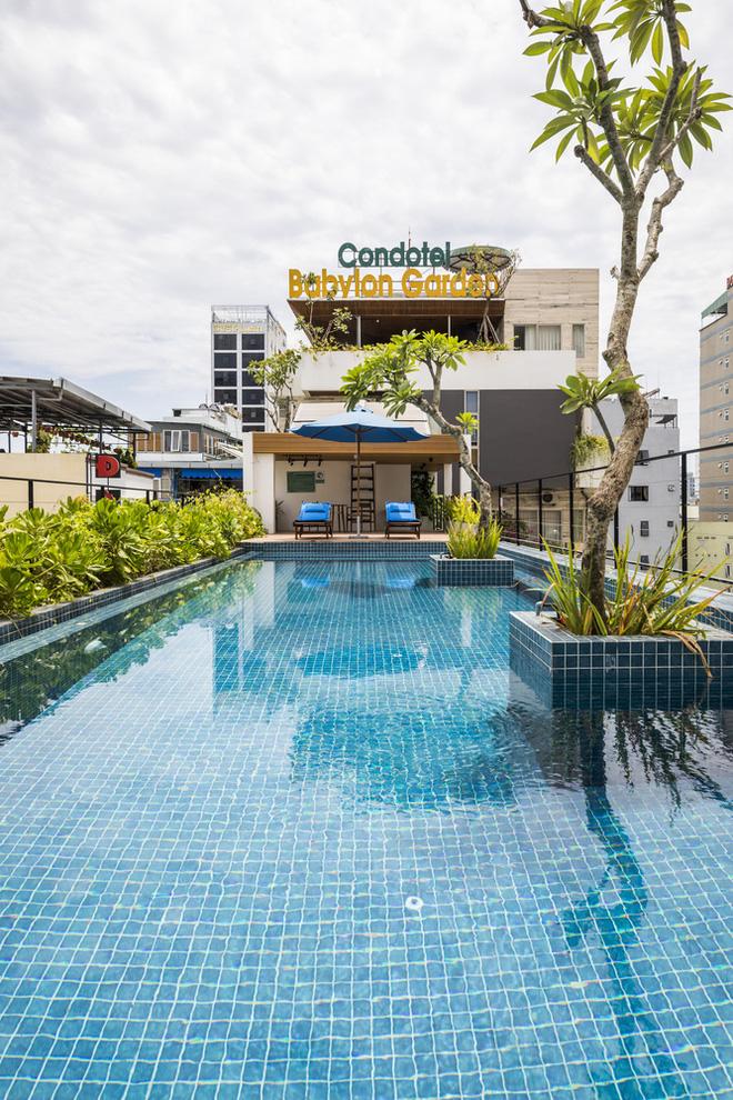 Vườn treo tại Đà Nẵng được cải tạo từ căn nhà xây dang dở xuất hiện long lanh trên báo Mỹ - Ảnh 8.