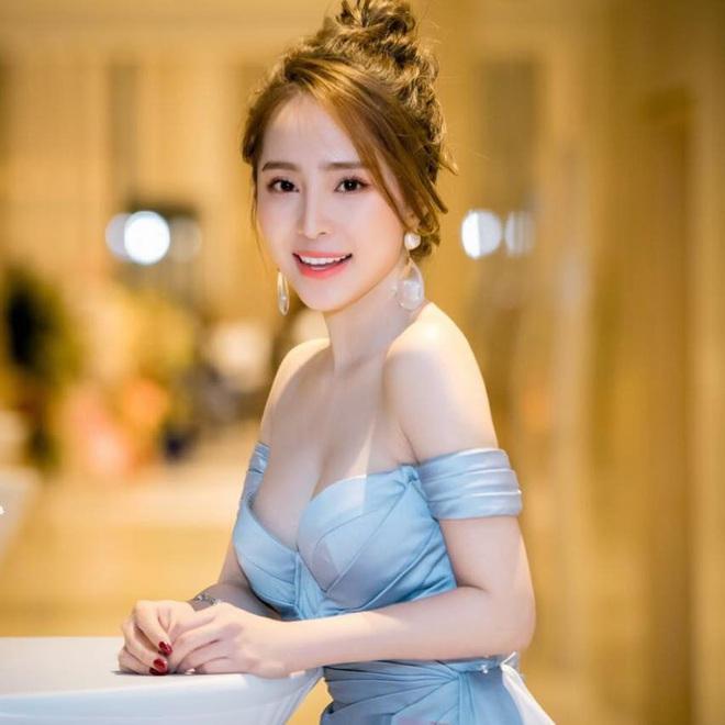 Gái ngành hot nhất màn ảnh Quỳnh Nga: Tôi sexy vừa đủ, không hở bạo hay lố lăng - Ảnh 1.