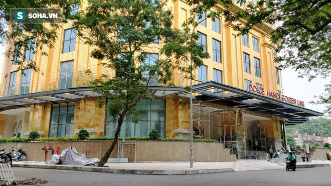 Tòa nhà dát vàng 24K từ chân đến nóc khủng nhất Hà Nội đang hoàn thiện - Ảnh 1.