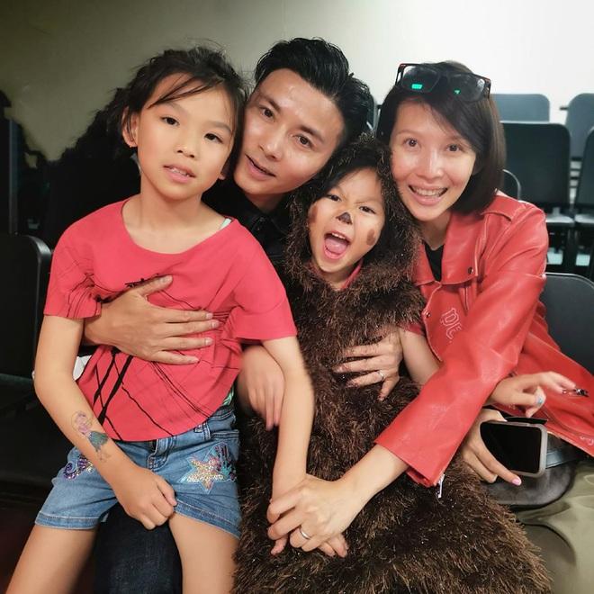 Á hậu đẹp nhất Hong Kong: Bán thân trả nợ cho mẹ, lấy chồng kém tài, cuộc sống U50 ra sao? - Ảnh 9.