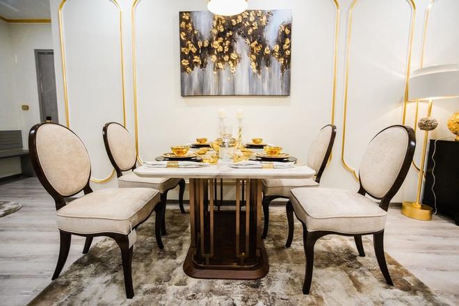 Cận cảnh căn hộ ở Hà Nội được dát vàng, giá siêu đắt 150 triệu đồng/m2 - Ảnh 2.