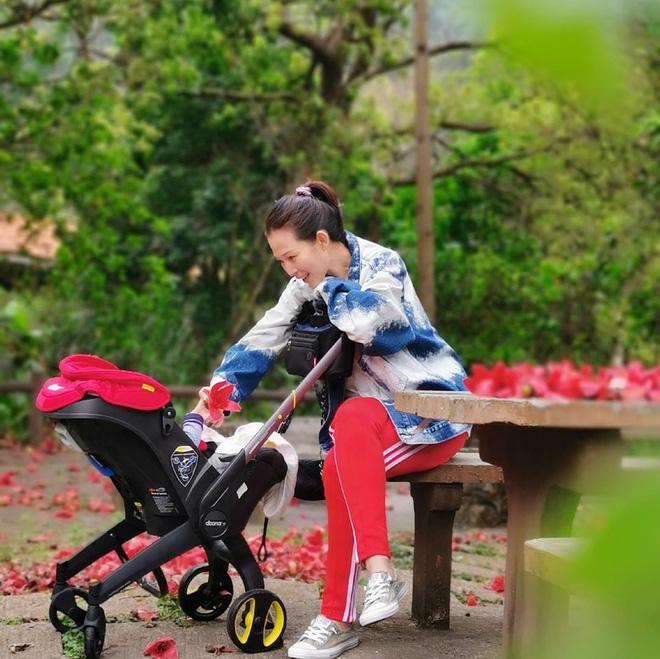 Á hậu đẹp nhất Hong Kong: Bán thân trả nợ cho mẹ, lấy chồng kém tài, cuộc sống U50 ra sao? - Ảnh 12.