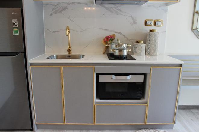 Cận cảnh căn hộ ở Hà Nội được dát vàng, giá siêu đắt 150 triệu đồng/m2 - Ảnh 10.