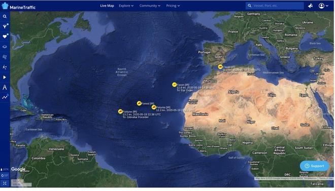NÓNG:  5 tàu dầu Iran xông thẳng vào đội hình chiến hạm hùng hậu của Hải quân Mỹ - 72h căng thẳng bắt đầu, Nga lên tiếng khẩn - Ảnh 12.