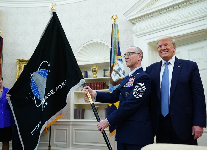Ông Trump bị giễu cợt khi nói về tên lửa mới - Chuyên gia lên tiếng: Cụm từ đến cả trẻ con cũng hiểu đủ khiến TT Putin siêu lo ngại - Ảnh 1.