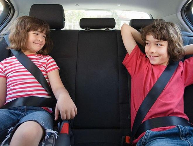 Những quy tắc vàng giúp bạn lái xe ô tô an toàn, hiệu quả - Ảnh 1.