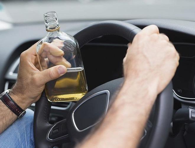 Những quy tắc vàng giúp bạn lái xe ô tô an toàn, hiệu quả - Ảnh 16.