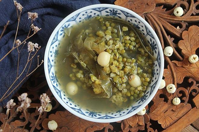 Chè đậu xanh mà nấu thế này thì đảm bảo mát từ trong ra ngoài, thanh nhiệt thải độc siêu hiệu quả - Ảnh 5.