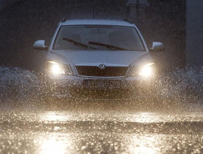 Những quy tắc vàng giúp bạn lái xe ô tô an toàn, hiệu quả - Ảnh 5.
