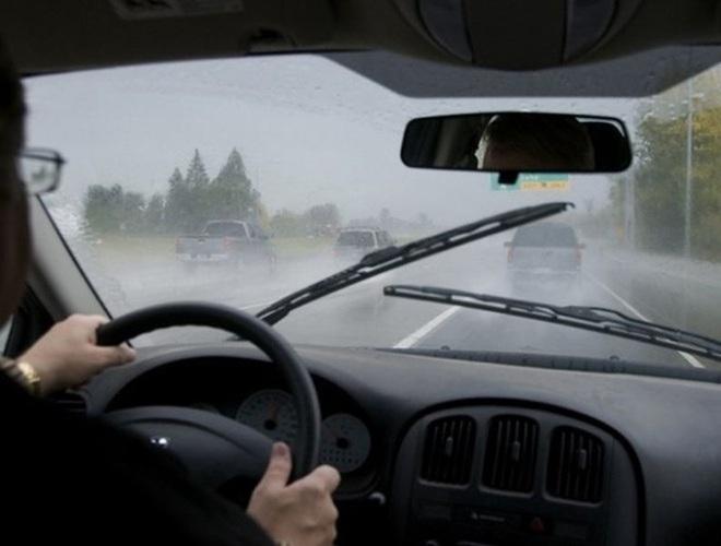 Những quy tắc vàng giúp bạn lái xe ô tô an toàn, hiệu quả - Ảnh 8.