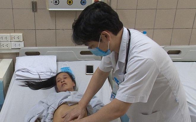 Bệnh viện Bạch Mai cấp cứu người phụ nữ sốc nhiệt nặng đến mức suy đa tạng
