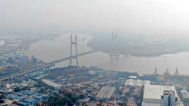 Con đường ven sông trị giá tỷ đô ở Sài Gòn nhìn từ trên cao - Ảnh 1.