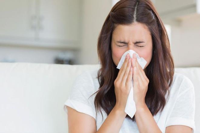 Màu sắc dịch mũi cảnh báo tình trạng sức khỏe mà bạn cần lưu ý - Ảnh 6.