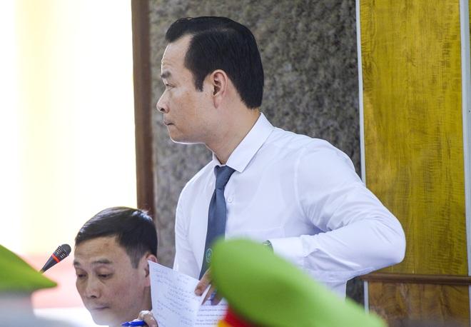 Xét xử gian lận thi cử tại Sơn La: Cựu Phó Phòng PA03 khai không có nhận thức gì khi được nhờ xem điểm - Ảnh 3.