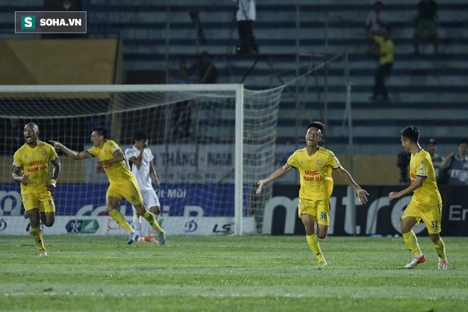 HAGL thua thảm Nam Định trong ngày Tuấn Anh gánh đội vô vọng đến tội nghiệp - Ảnh 4.