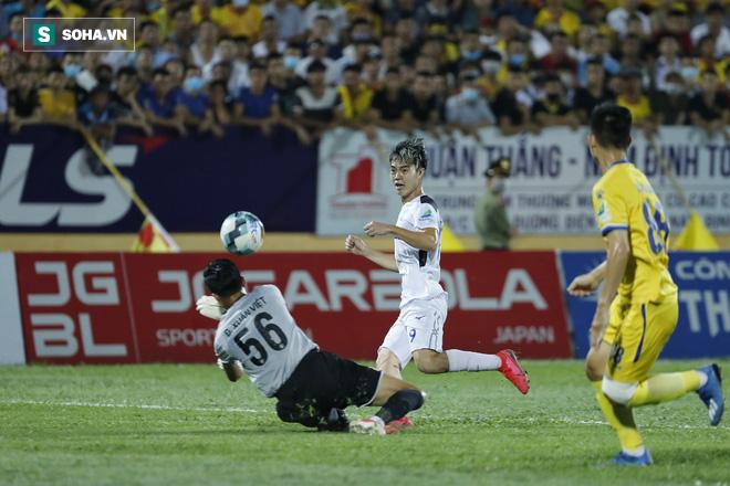 HAGL thua thảm Nam Định trong ngày Tuấn Anh gánh đội vô vọng đến tội nghiệp - Ảnh 3.